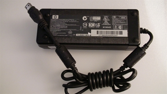 Picture of 375126-002, 375143-001, PPP017H, HP-OW121F13, N19542, 031080-11, HP COMPUTER ADAPTER CHARGE, COMPUTER AC ADAPTER CHARGE, 18.5V ADAPTER, NEB, HP18V